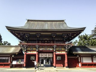 The main entrance to Yūtoku Inari Shrine is an impressive, majestic structure that really sets the tone for your visit.