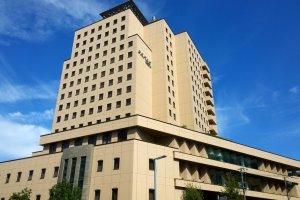 Mielparque Nagoya (มิลพาร์ค นาโกย่า) โรงแรมหรูหรามีระดับในสไตล์ Business Hotel ที่ตั้งอยู่ใจกลางเมืองนาโกย่าในทำเลที่สะดวกสบายต่อการเดินทาง