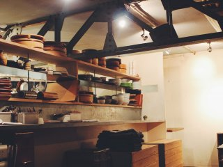 The kitchen/ cafe