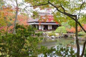 Sanshutei Tea House