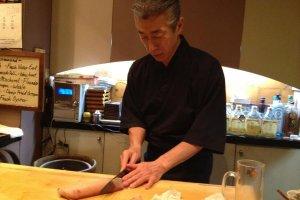 Sarkeo Shinya, slicing hamachi