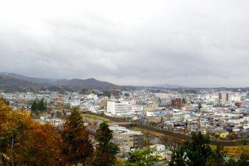 Вид из обсерватории на город Йокоте