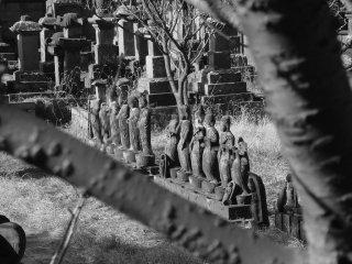 이 석조 구조물들은 1634년에서 1888년까지 250년 동안 세워졌습니다.