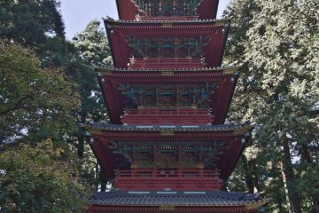 1650년 원본이 소실된 후 1819년 재건된 인상적인 탑