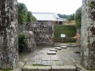 Entrance to one of the samurai homes