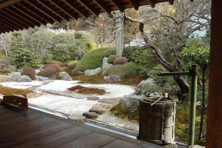 Ngôi chùa Jomyo ở Kamakura