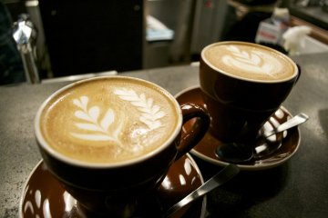 <p>Latte made from Equadorian beans</p>