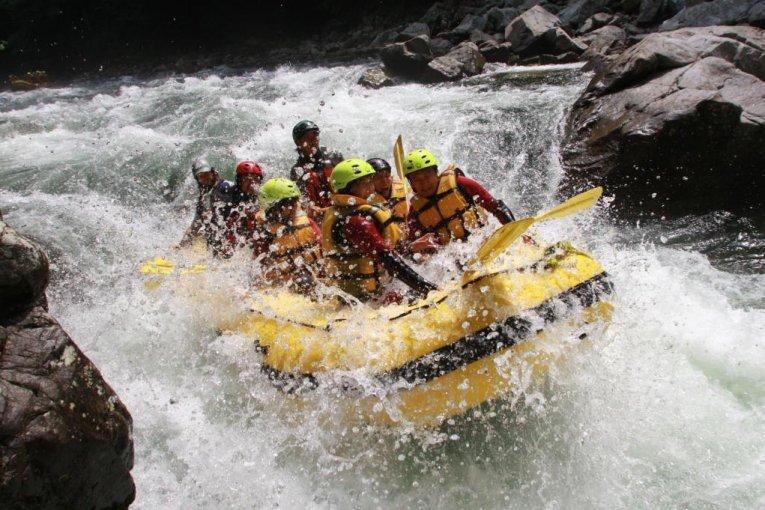 ركوب نهر ميناكامي