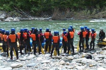 อบรมความปลอดภัยข้างๆแม่น้ำ