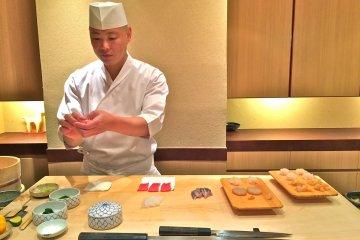 Ланч в Sushi Iwa в Гиндза, Токио