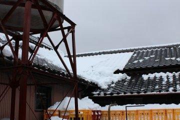 눈이 내리는 겨울 철이 청주 담그기에 제격이다