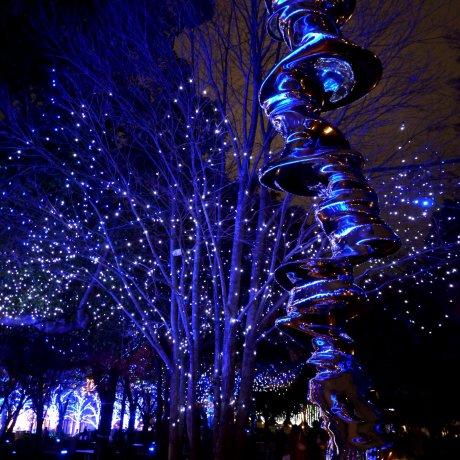 ไฟประดับคริสมาสที่ โตเกียว มิดทาวน์