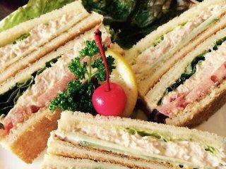 Ну очень вкусные сэндвичи!