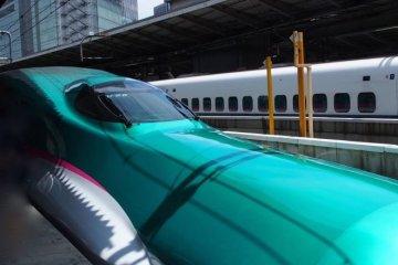 1300万人の旅行者が日本に押し寄せる