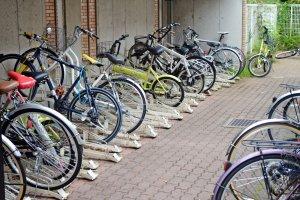 ลานจอดจักรยานให้เช่ารายเดือน ในราคาเดือนละ 20000 เยนเท่านั้น