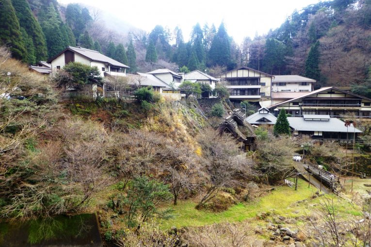 Bathing at Tarutama Onsen