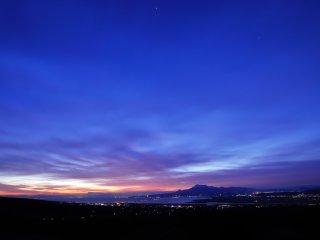 これは翌朝の朝焼けの光景