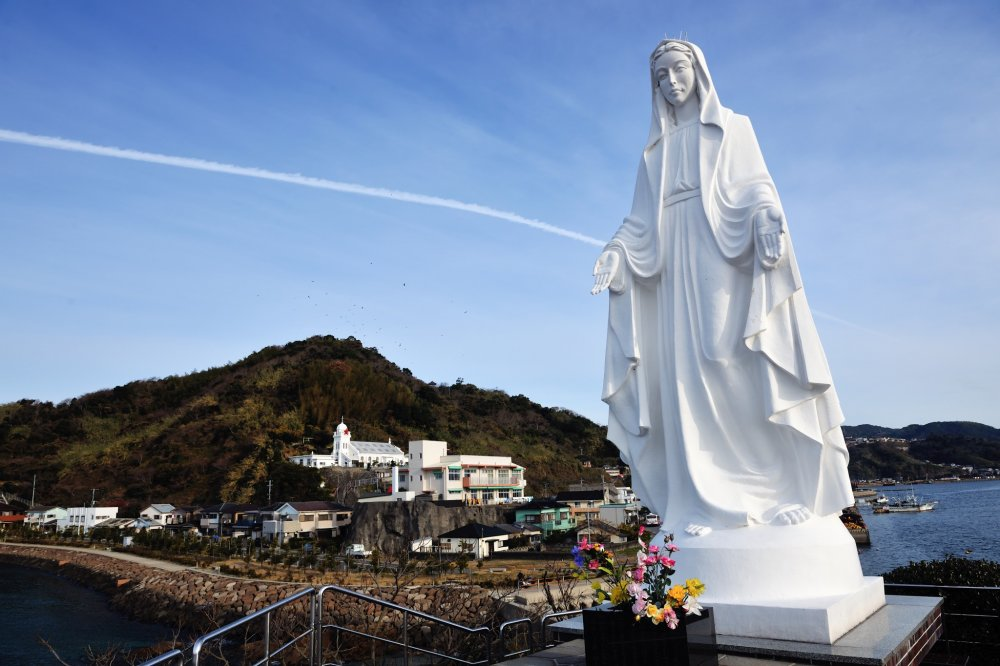 The statue of the Virgin Mary standing on the cape. It was built in 1949 commemorating the 400th anniversary of Francis Xavier's first visit to Japan.