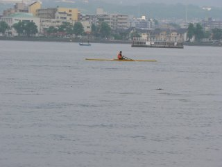 There is a rowing club at Ishiyama, so rowers are often seen near there