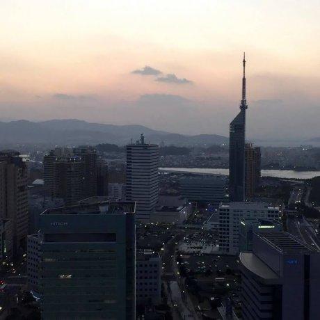 Hoàng Hôn Ở Hilton Fukuoka Sea Hawk
