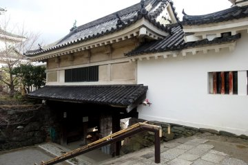 <p>The main gate to the inner courtyard</p>
