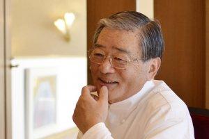 1977年よりアルピーノの総料理長を務める鎌田シェフ。