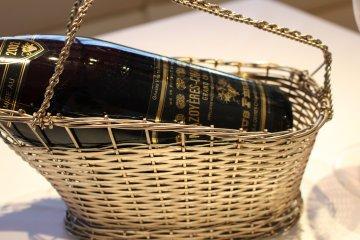 <p>Mazoy&egrave;res-Chambertin wine</p>