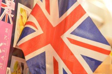 <p>British flags are all around!&nbsp;</p>