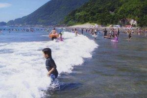 Imaihama: Beachbathing
