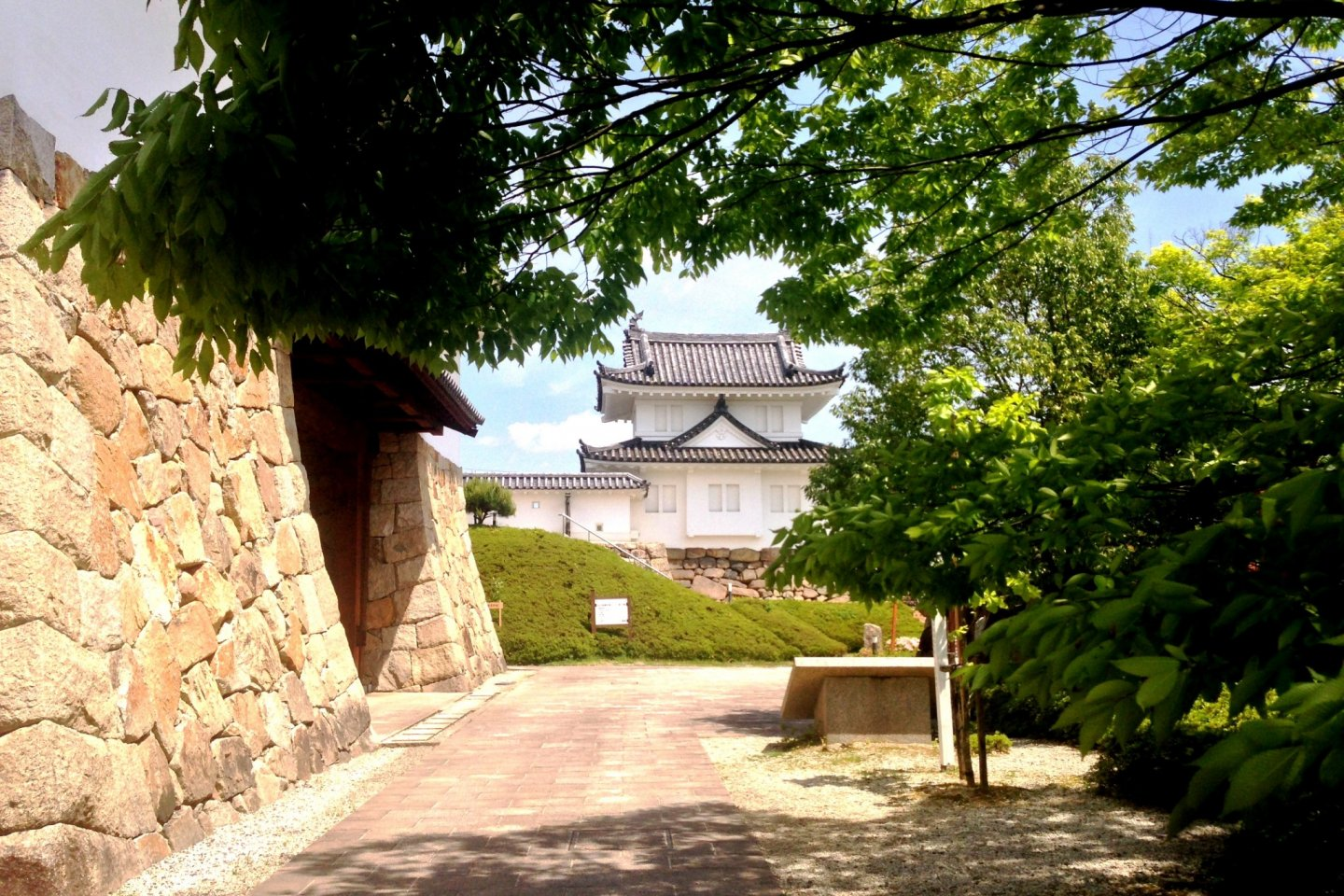 Relive the days of the Samurai in this beautiful garden in the castle town of Maizuru, close to Maizuru Port where cruise liners like Princess and Carnival dock on their trip around the Pacific Ocean.