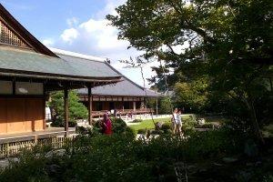 Kuil Tenryuji dengan tamannya yang indah