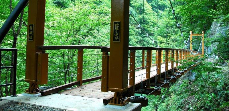 다키 카이리케이코쿠 센간바시 다리의 초여름 경관