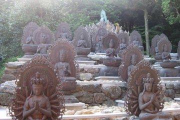 Kongofuku-ji statues