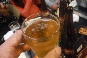 กินนาเบะไปพลาง จิบเบียร์ไปพลาง ช่วยให้บรรยากาศครีกครื้น