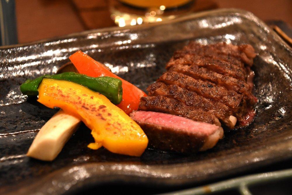 鎌倉最初の夜のディナーは、和牛ステーキセットだ!