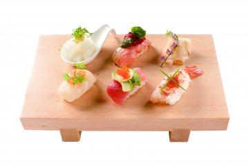 <p>Nigiri sushi</p>