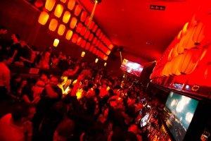 The dance floor at maximum capacity