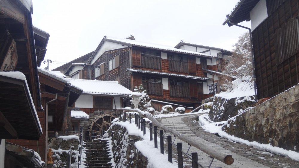 มะโกะเมะ (Magome) เป็นหนึ่งในเมืองเก่าที่ตั้งอยู่ในหุบเขาคิโซะ (Kiso)