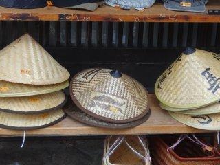 หมวกสานแบบเก่า