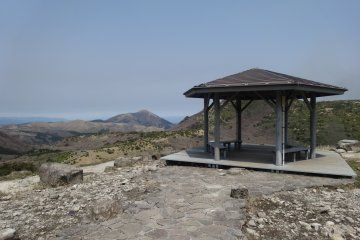 <p>The first pavilion on the trail, at the top of the cement staircase that leads from the parking lot</p>
