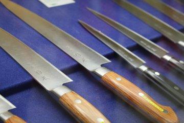 <p>精工製造的日本刀是厨房裡不可缺的恩物</p>