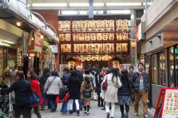 ไหว้พระในย่านช้อปปิ้งสุดฮิปของเกียวโต