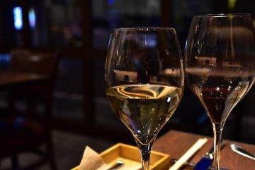 이탈리안 와인 바 하마마치 피놀리