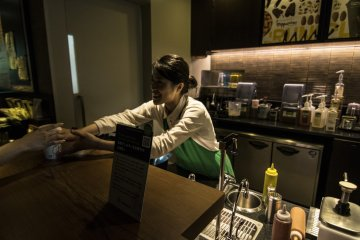 <p>And of course, impeccable service from the Starbucks Dazaifu Baristas.</p>