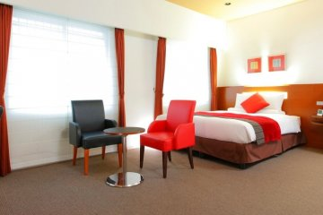 The rooms are brightly lit, air and spacious.