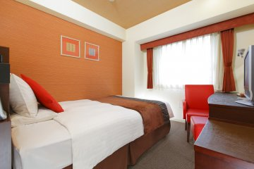 The bed is wide and extremely comfortable. Hotel Mystays Fukuoka Tenjin-Minami even offers memory foams if you desire.