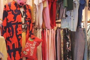 <p>Some Japanese fashion in Dai Dai</p>