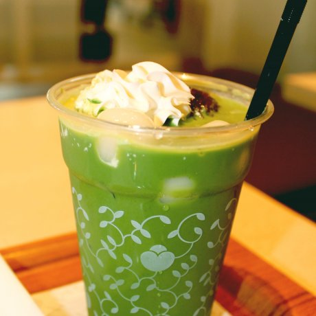 Nana's Green Tea Café