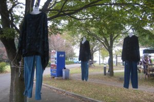 Mashiko Festival: clothes for sale