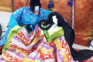 They can even make dolls with washi paper